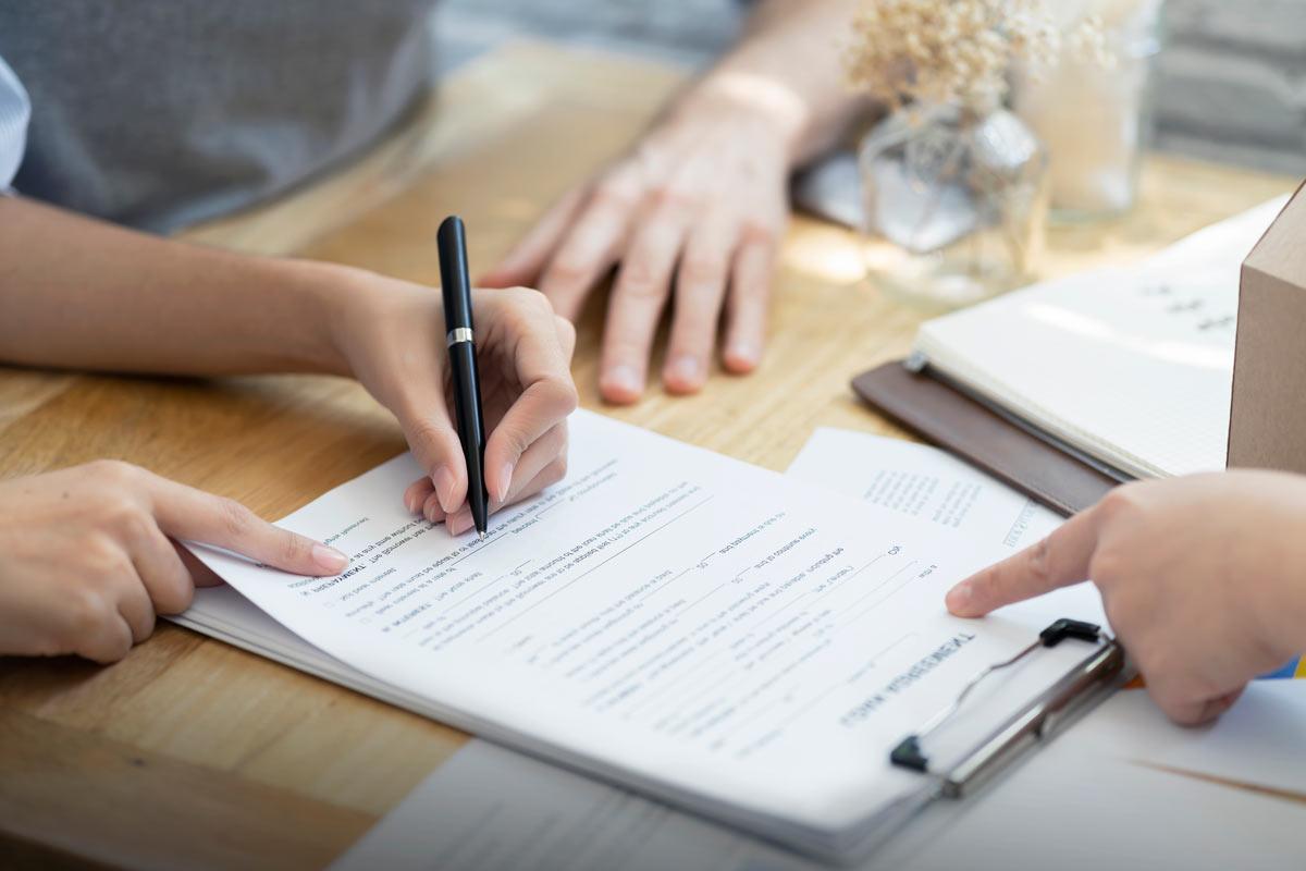 creacion-contratos-autores-juegos-mesa