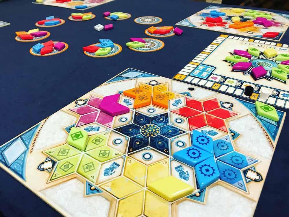 azul-pavellon-de-verano-juego-mesa