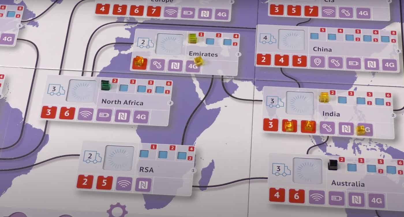 smartphone-inc-expansion-juego-mesa-maldito-games